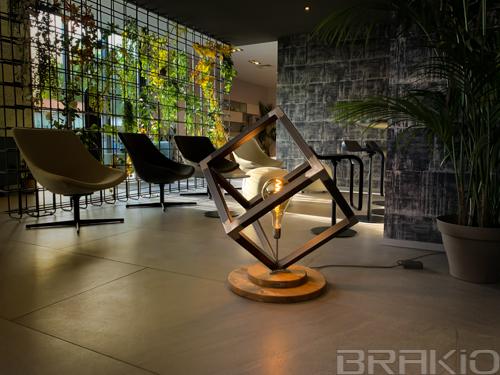 lampe industrielle en métal et bois design